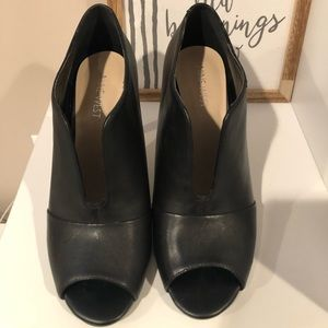 Nine West Leather Bootie